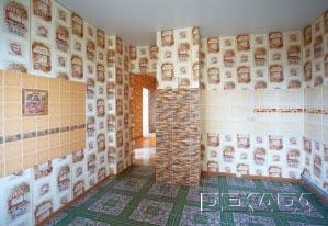 Чрезвычайно пестрая отделка помещения - очень редкий и нестандартный вариант