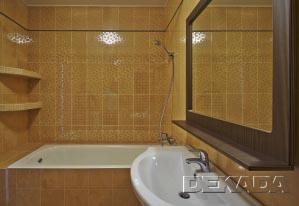 Декоративные полочки облицованные плиткой и мозаикой
